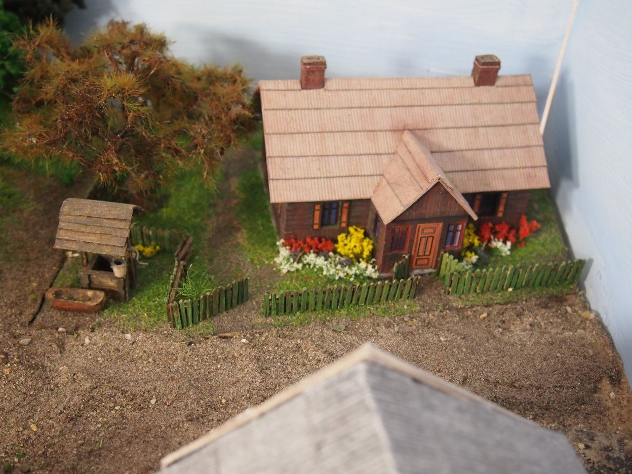 carton-model-farm