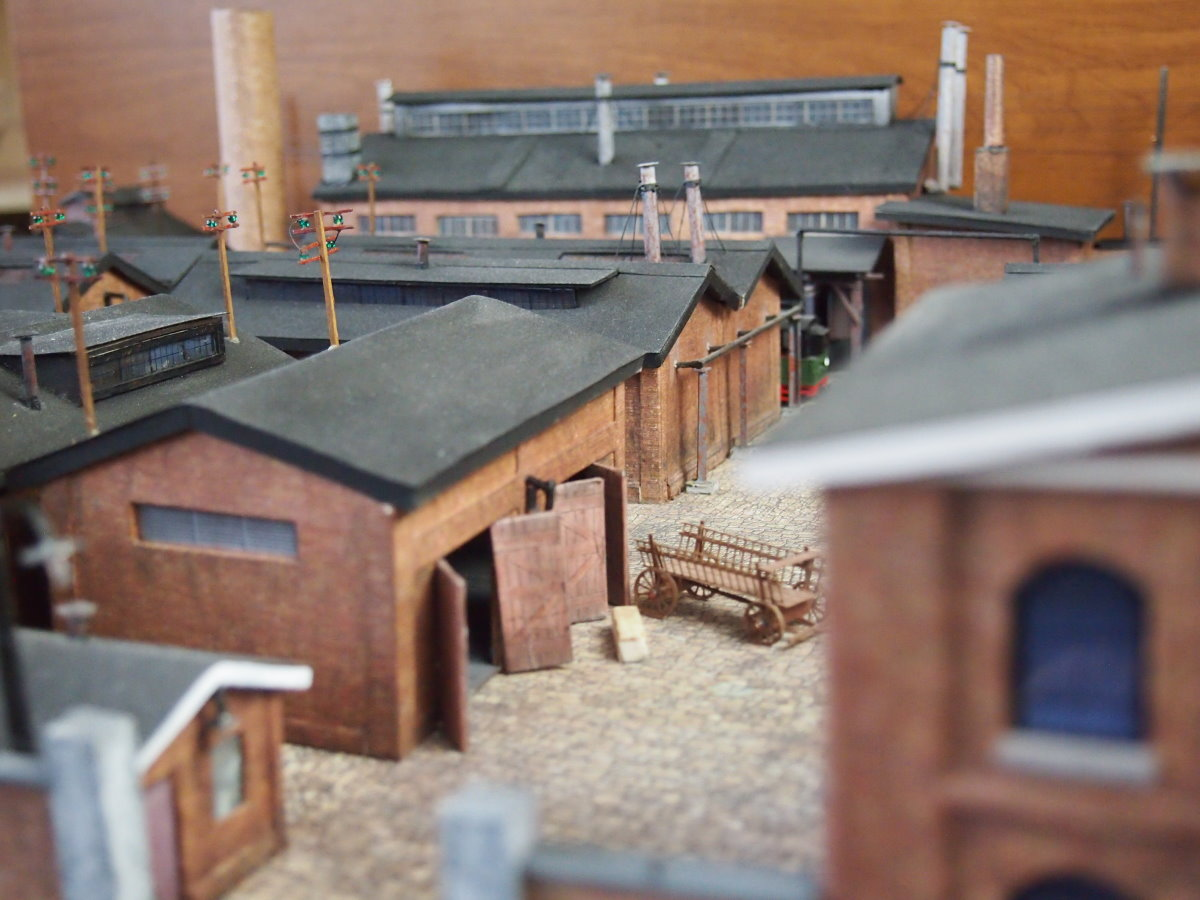 ho scale model factory 1