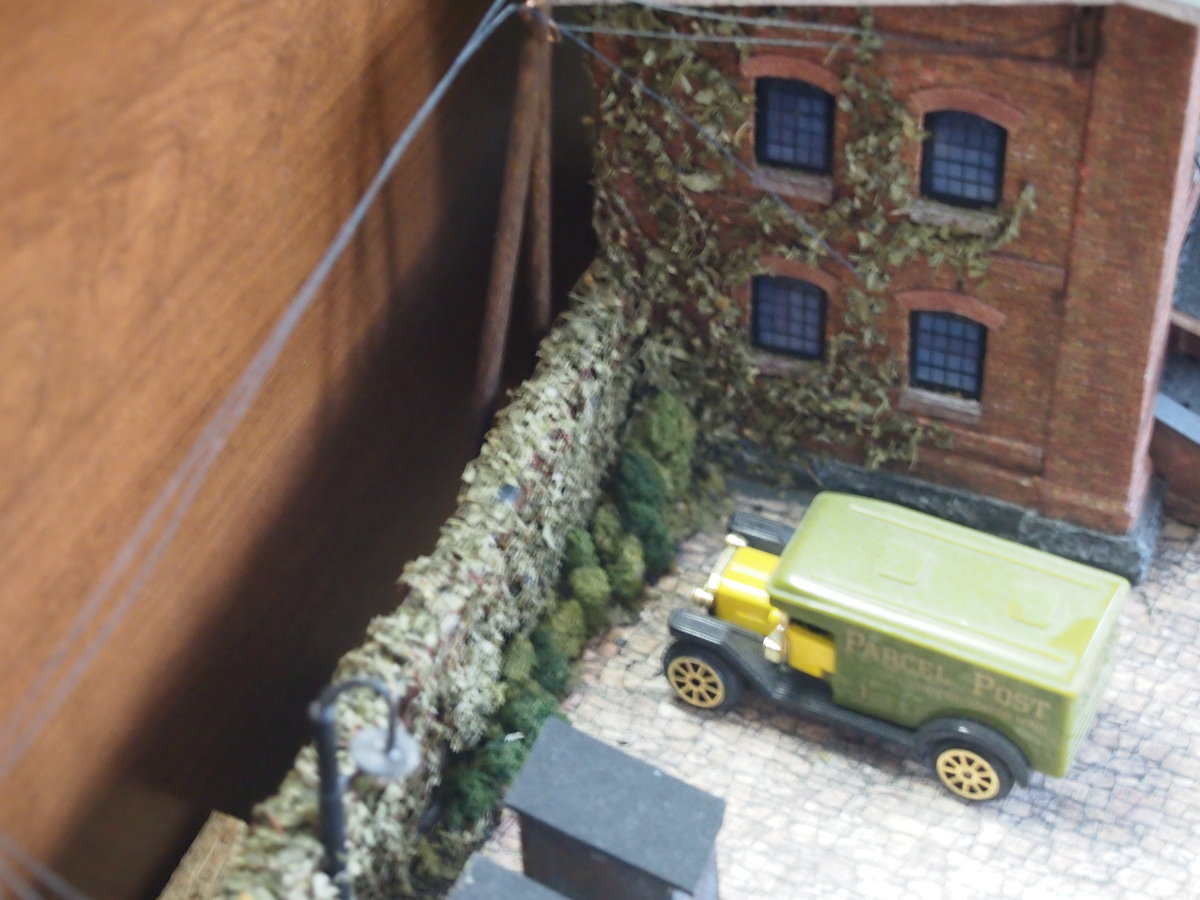 ho scale model factory 35