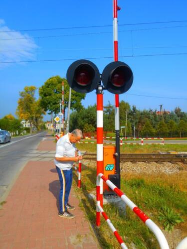 level crossing light