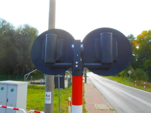 level crossing light back